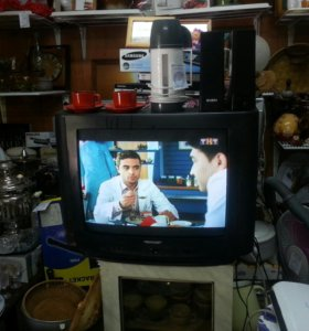 Телевизор 52 см