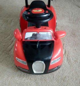 Машинка детская. Электоромобиль.