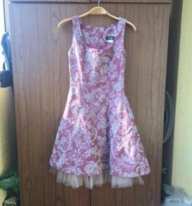 Платье нарядное 42 р-р Франция Fred Sun