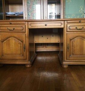 Антикварный стол для Кабинета