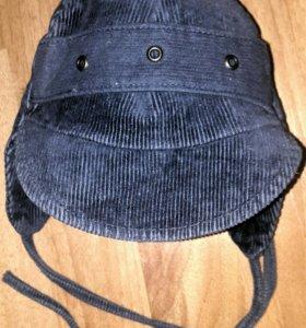Симпатичная синяя шапка на мальчика мелкий вельвет