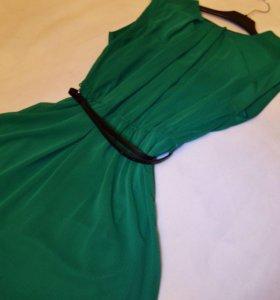 Новое платье 'MANGO'. Размер 'М'