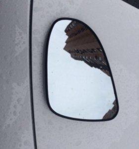 Зеркальный элемент и накладка на Тойоту камри v50