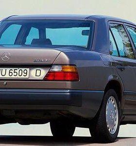 Mercedes W124 2 литра 111 мотор