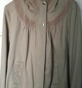 Новая куртка-ветровка для беременных