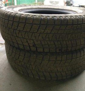 225/75/16 Bridgestone blizzak dm-v1