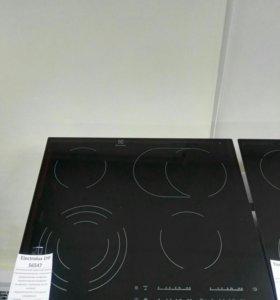 Варочная панель Electrolux EHF 56547