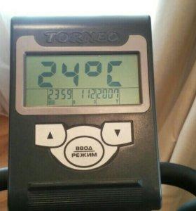Эллиптический тренажер Festa C-310M