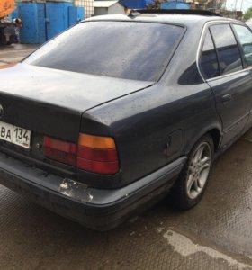 BMW 520i. 1991 года