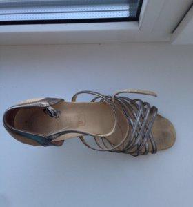 Туфли для танцев (латина)