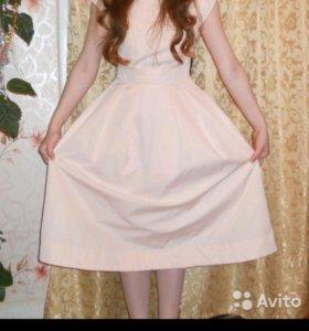 Нежное платье befree