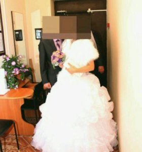 Свадебное платье 42 р