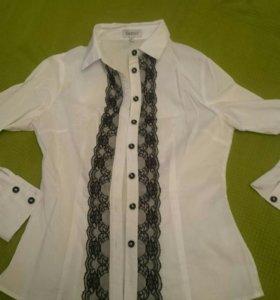 Блузка белая, размер S