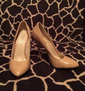 Туфли (35 размер)