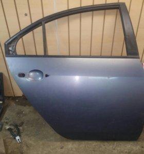 Дверь задняя правая Nissan Primera P12