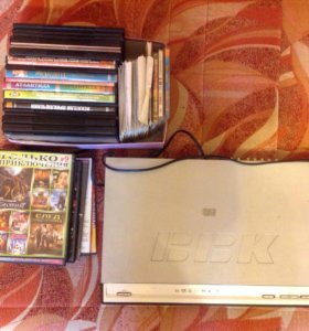 DVD плеер, б/у в рабочем состоянии + диски