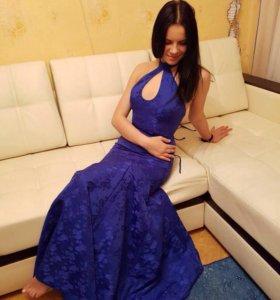 Элегатное синее платье