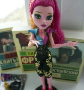 Кукла Monster High базовая