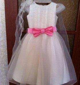 Платье на девочку 6-8 лет р-р 104-116 см