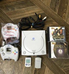 Sega Dreamcast 2 джойстика, карта + 10 дисков