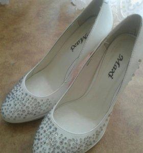 Туфли со стразами свадебные