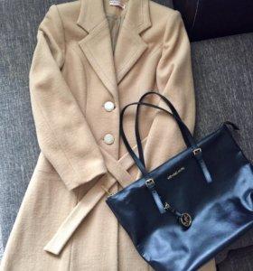 Пальто,сумка в 🎁