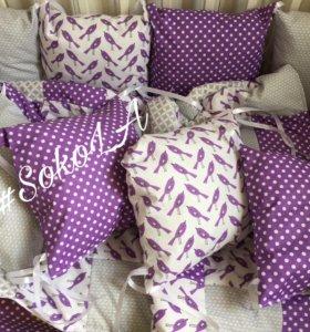 Бортики в кроватку, 2 простыни, ласкутное одеяло)