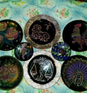 Точечная роспись тарелки