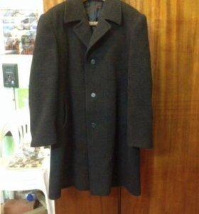 Пальто зимнее шерсть р. 52-54