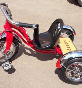 Трехколёсный велосипед Schwinn