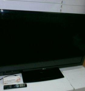 Телевизор LG, диагональ 47 дюймов