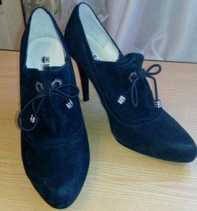 Туфли женские р.36 новые
