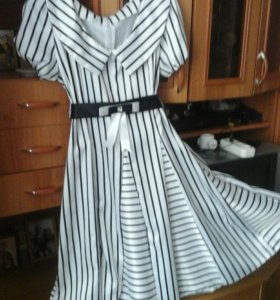 Нарядное платье с подъюбником