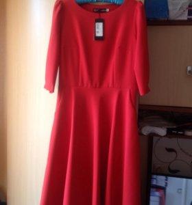 Платье новое, р.44