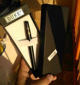 Солидная перьевая ручка новая