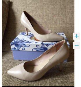 Новые туфли из натуральной кожи