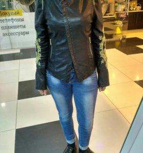 Стильная курточка ( экокожа)
