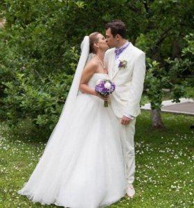 Роскошное свадебное платье с жемчугом Oksana Mukha