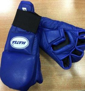 Перчатки боксёрские