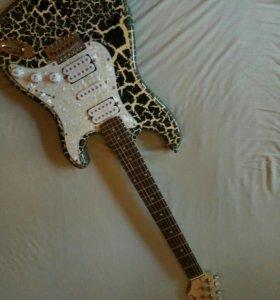 Гитара Ashtone ST-300 CBK, и комбоусилитель