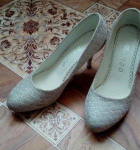 Туфли(38 размер)