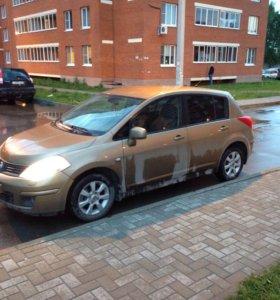 Nissan Tiida 2007г. 1.8
