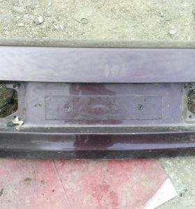 Крышка багажника ауди 80