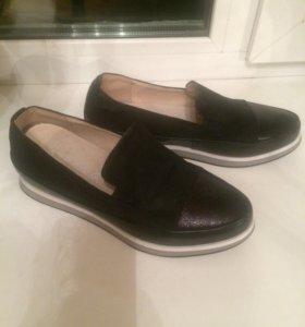 Кожаные ботинки,новые