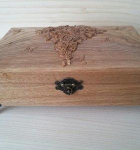 Шкатулка для украшений из ясеня