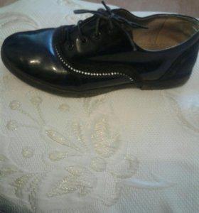 Туфли школьные 32 раз