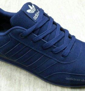 Новые кроссовки adidas 43 и46р(маломерят)