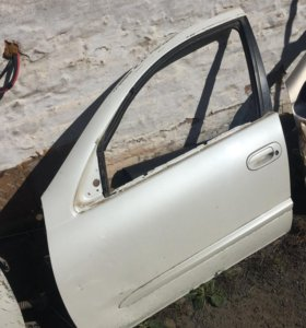Nissan Almera classic двери, стопы , обшивки