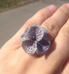 Кольцо с бриллиантами и аметистами