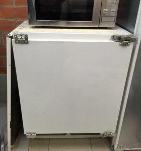 Встраиваемый мини холодильник ariston